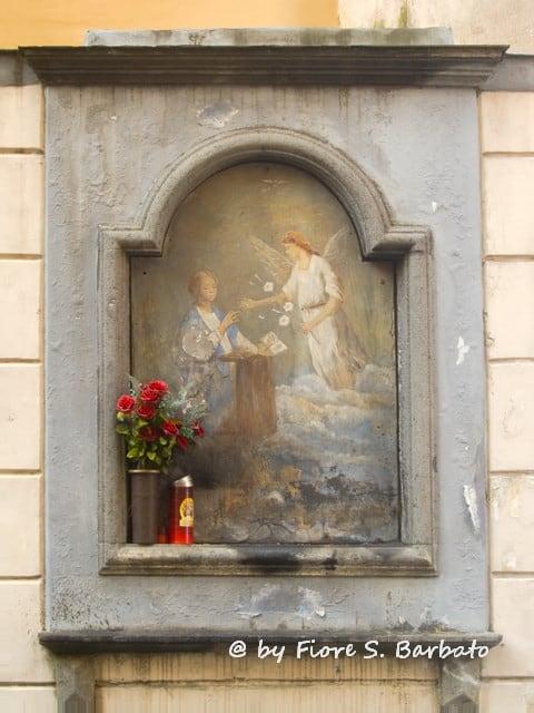 Arco di San Catello の画像. italy san campania napoli arco edicola penisola castellammare castellammaredistabia annunciazione sorrentina votiva stabia catello