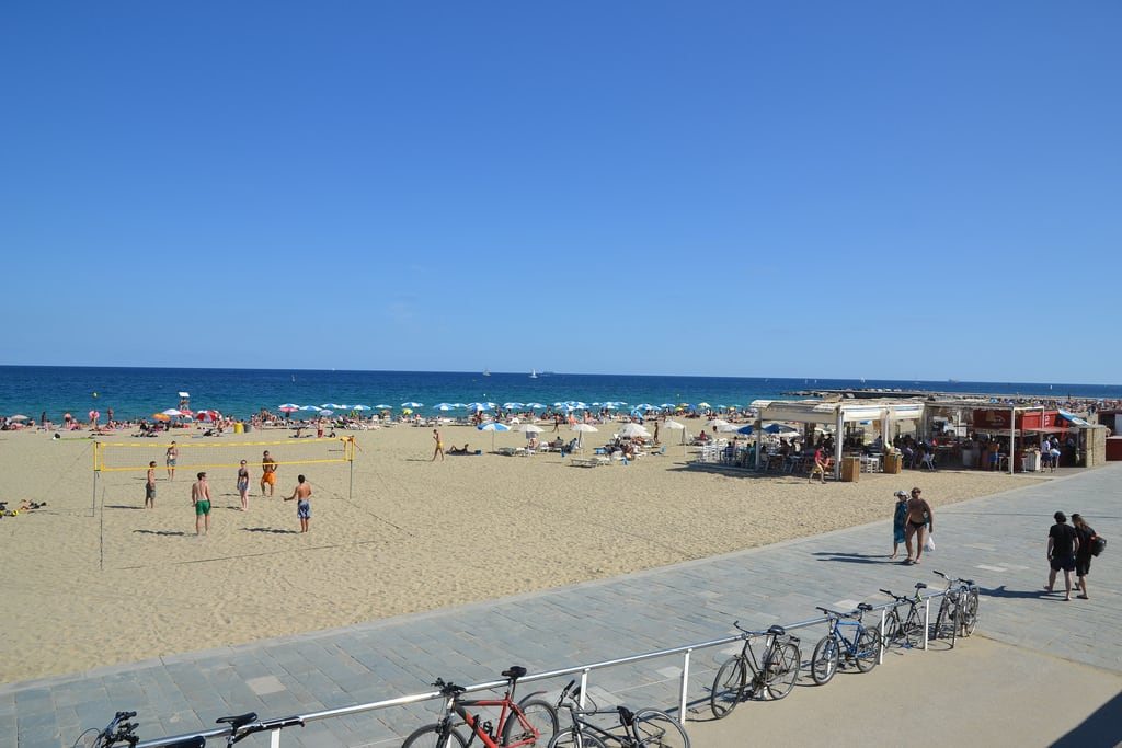 Platja del Bogatell 的形象. barcelona sea españa mer beach seaside spain espagne plage barcelone août espanya 2015 playadelbogatell august2015