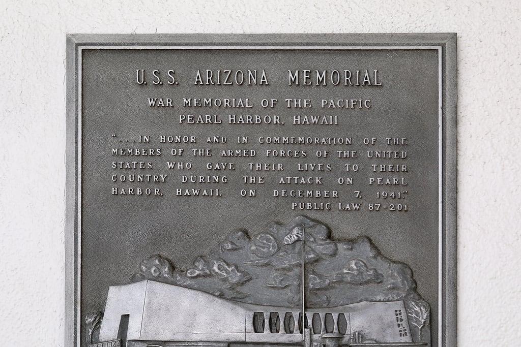 Image de USS Arizona près de 'Aiea. harbour military monument vacation ussarizonamemorial worldwariivalorinthepacificmonument pearlharbor honolulu oahu hawaii unitedstates usa