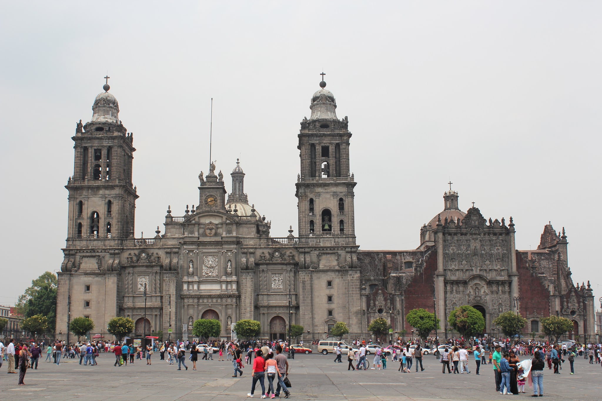 Зображення Plaza Downtown Mexico. mexicocity metropolitancathedral cathedral assumption catedralmetropolitana romancatholic archdiocese claudiodearciniega tabernacle unescoworldheritagelist unescoworldheritage unesco worldheritagelist worldheritage heritage worldheritagesite distritofederal federaldistrict 2015 mexico