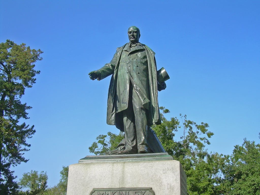 Imagen de McKinley. california statue downtown president sanjose stjamespark firststreet williammckinley stjamessquarehistoricdistrict stjameshistoricdistrict