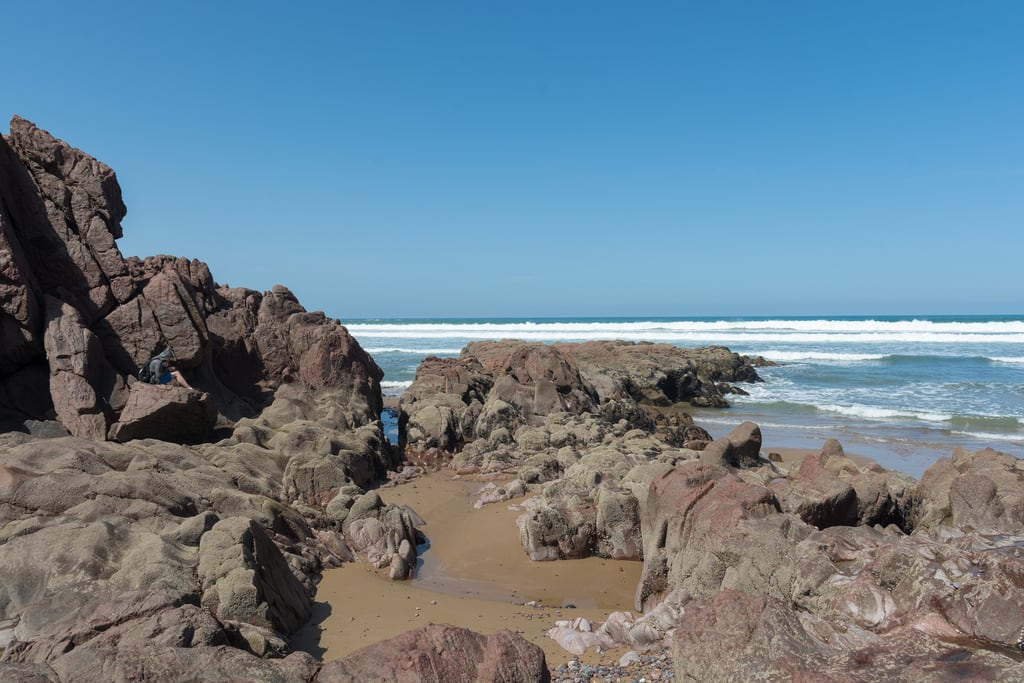 Imagine de Legzira Beach Plaja cu o lungime de 440 m. morocco maroko