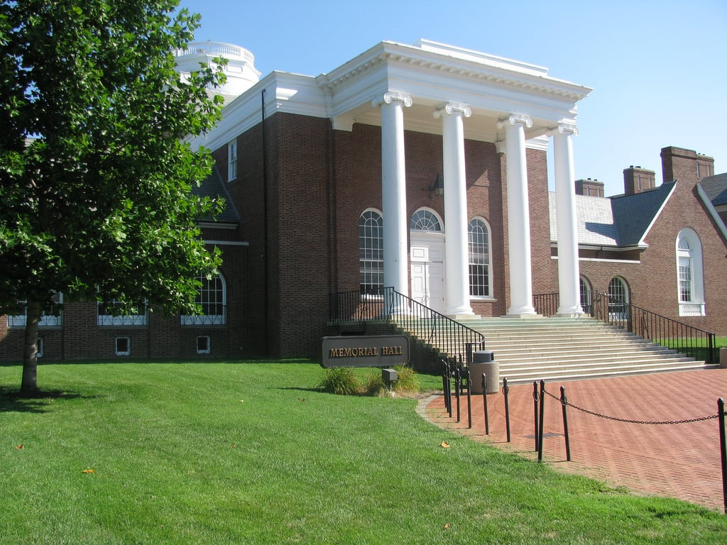 Memorial Hall 的形象. summer campus university delaware ud memorialhall udgroup