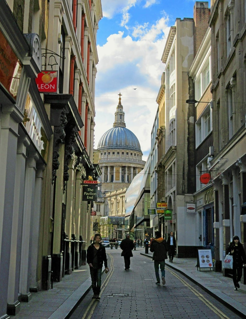 Зображення Watling Street. street city london stpauls stpaulscathedral cityoflondon ec4 watlingstreet
