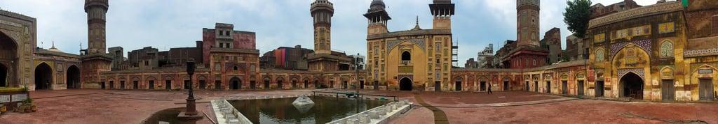 Attēls no Wazir Khan Mosque. lahore mosque pakistan urban