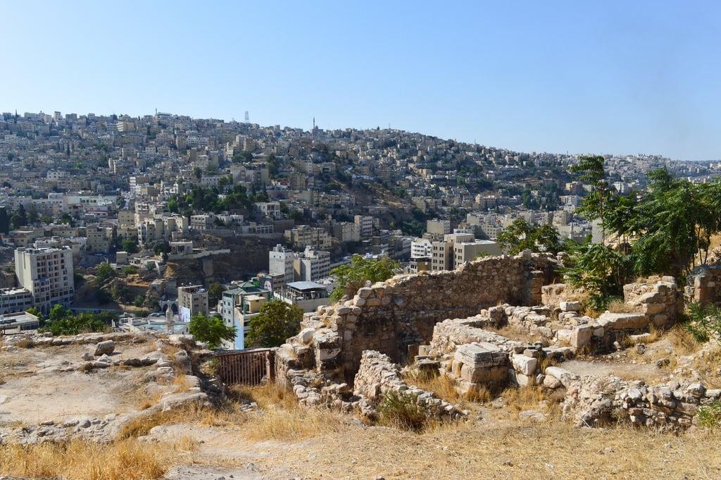Citadel Hill képe. jordan middleeast city urban arabic amman ruins citadel skyline vista dense density