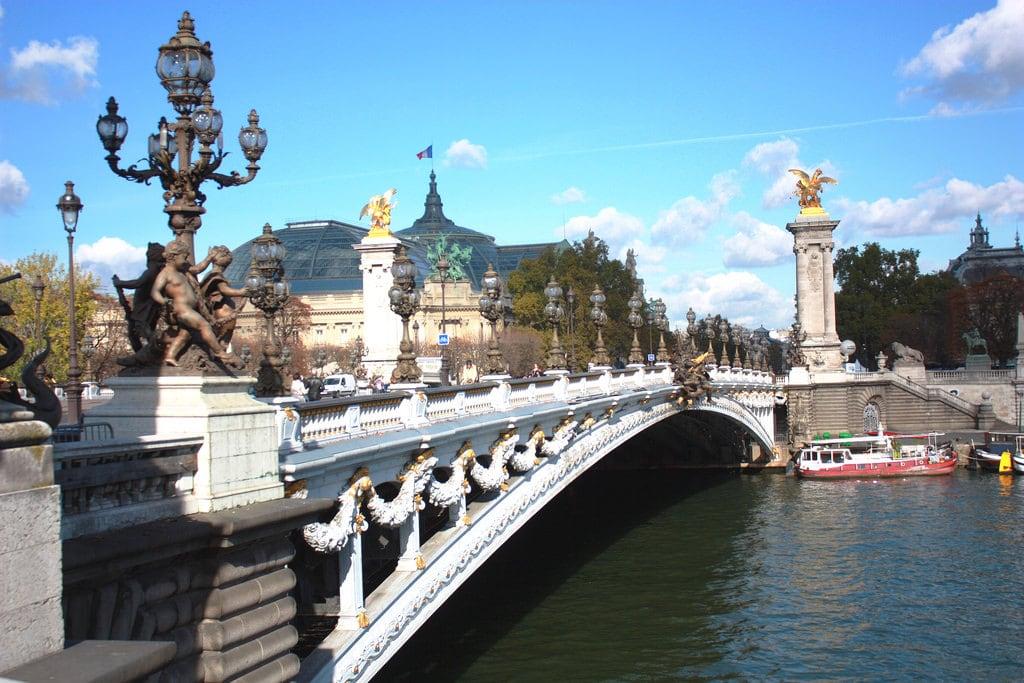 Champs Élysées 的形象. pariscity seineriver pontalexandreiii