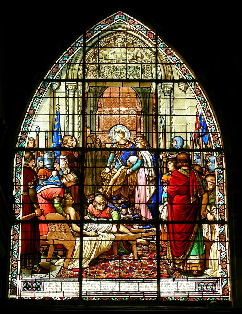 Image of Église Saint-Jacques. france geotagged vitrail saintlouis église vitraux compiègne oise louisix olibac stainedglasschurch aplusphoto olympussp560uz geshgreenearthsafehealthy geo:lat=49417129 geo:lon=2827348