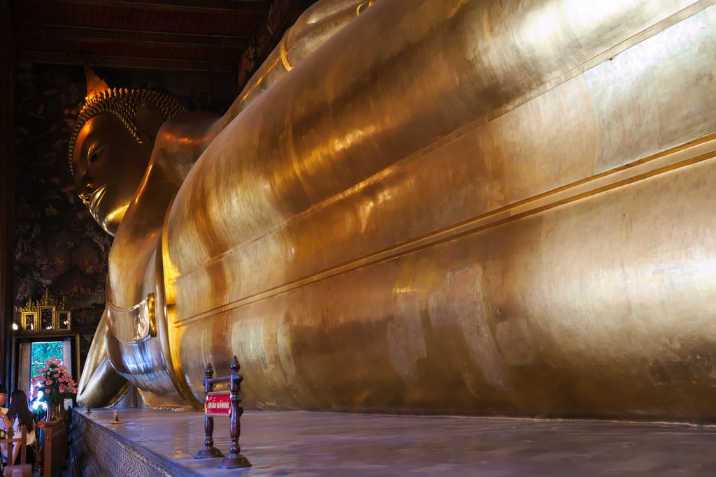 Image of Grand Royal Palace. watpho reclined buddha tempio temple canon eos6d 24105mm bangkok