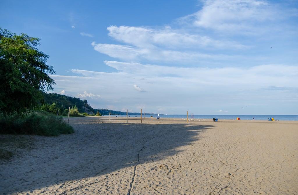Afbeelding van Bluffer's Park Beach Strand met een lengte van 834 meter. toronto toronto2017 ontario canada bluffersparkbeach scarboroughbluffspark beach park