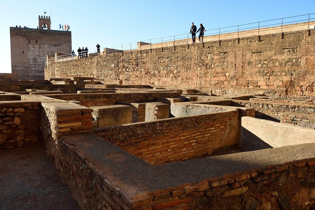 Alcazaba képe. plazadelasarmas torredelavela alcazabaofalhambra alcazaba alhambra granada spain