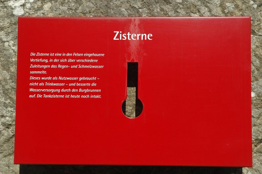 Image of Burgruine Aggstein. sign austria österreich ruin ruine information niederösterreich cistern aggstein burgruine loweraustria informationstafel zisterne
