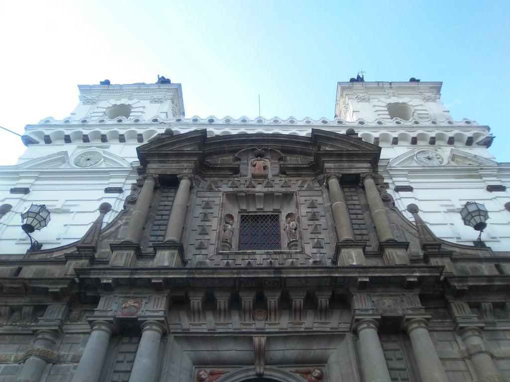 Image of Centro Histórico. plaza san francisco quito ecuador iglesia fotografía arquitectura antiguo centro histórico