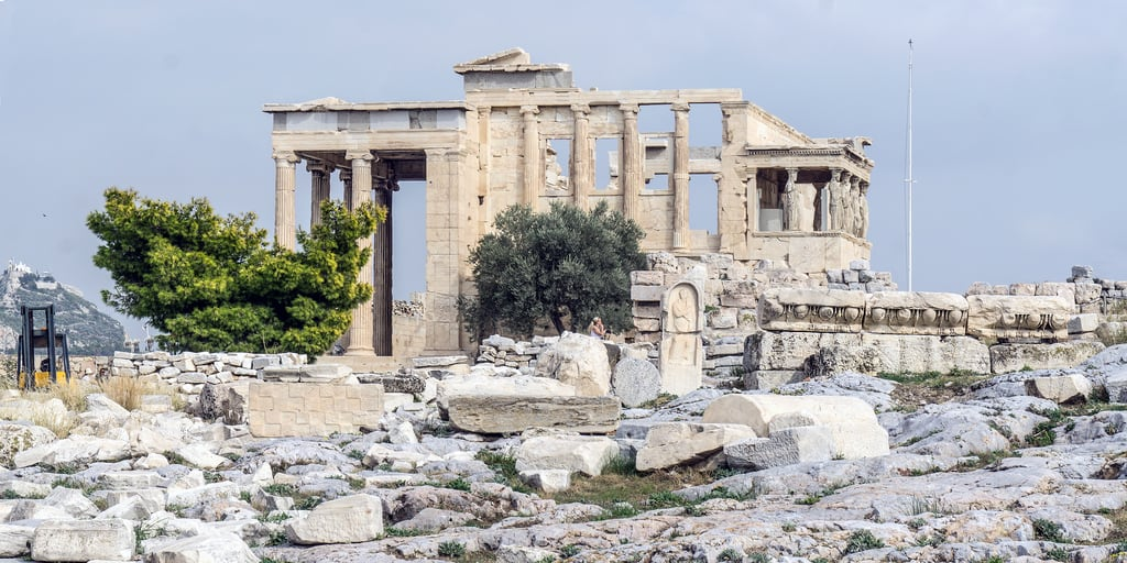 Acropolis görüntü. 2018 acropolis athens eu greece tree temple templo columns capital pillars city europa erechtheion historical historic ancient ruins ph404 unesco worldheritagesite day worldheritage