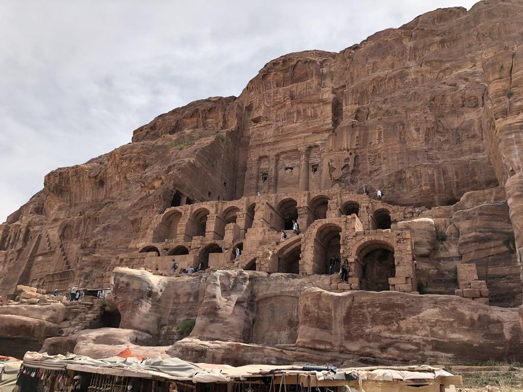 Bild von Petra. jordan petra royaltombs