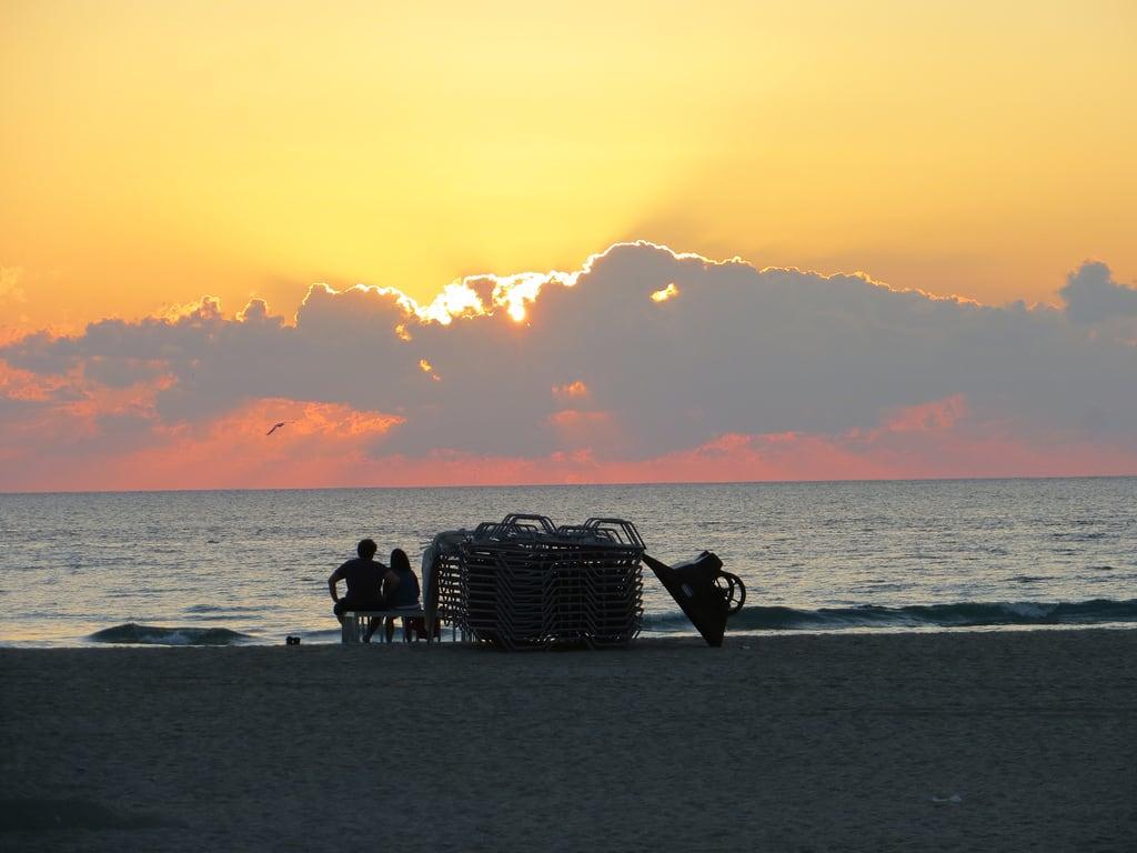 Miami Beach 의 이미지. miamibeach florida sunrise