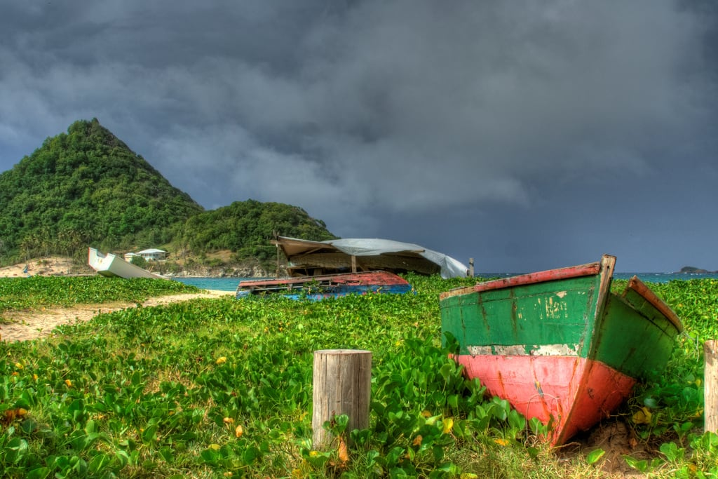 Levera Beach की छवि. abandoned boats boat grenada caribbean grenadines derelict hdr