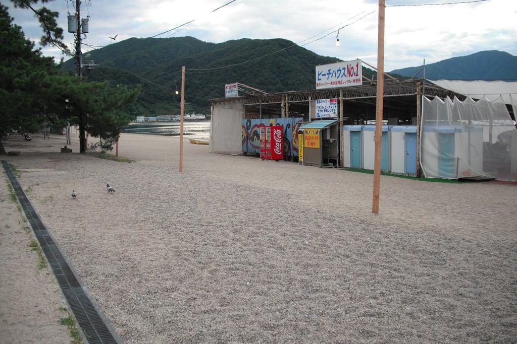Hình ảnh của 気比の松原海水浴場 Sandy beach.