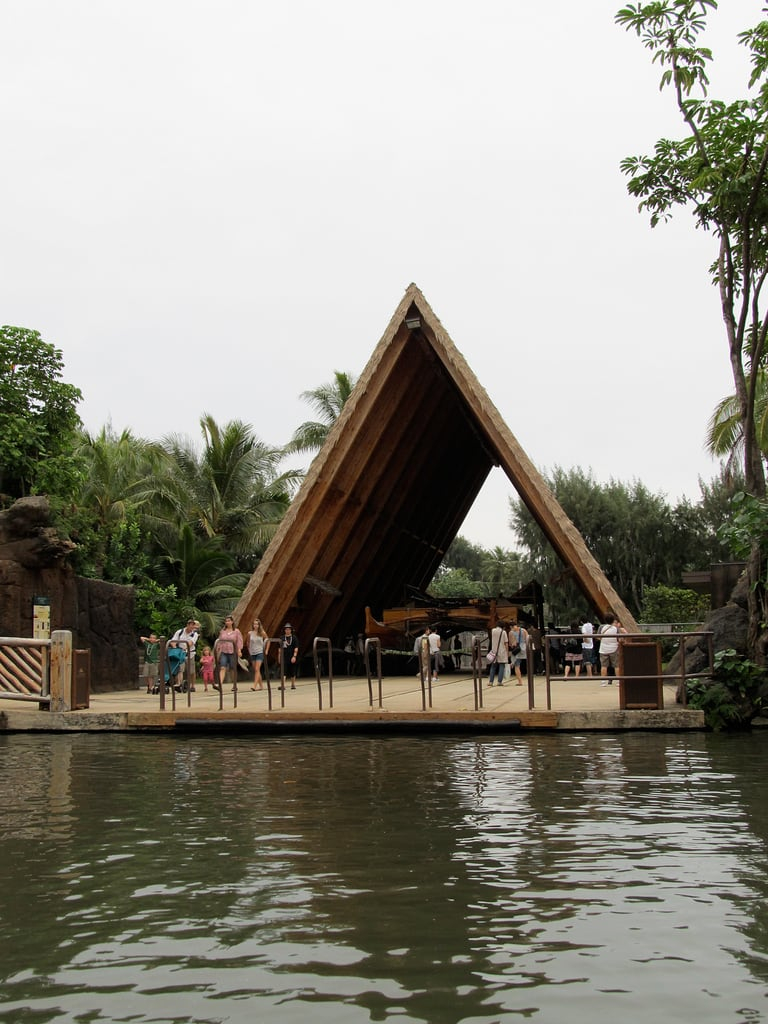 Image de Iosepa. winter usa hawaii ride canoe polynesianculturalcenter laie 2011