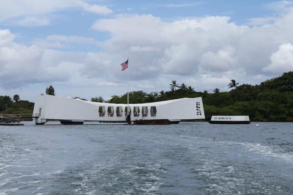 Image de Submarine Memorial près de 'Aiea. usa hawaii us december tour oahu navy submarine adventure hawaiian pearlharbor rocket battleship uss 1941 ussarizona ussmissouri