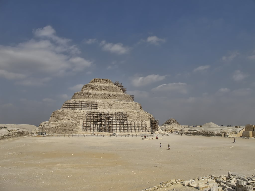 Tombs of 3rd Dynasty की छवि.