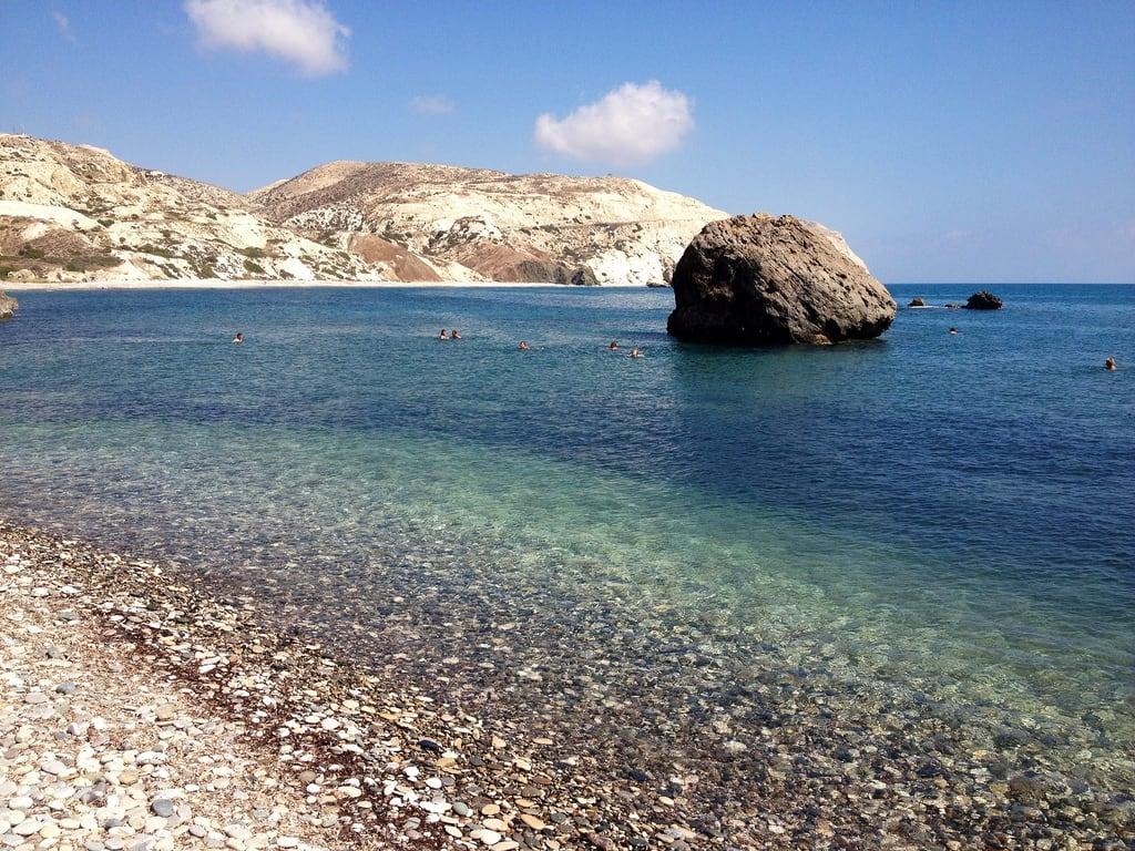 Bild av Petra tou Romiou | Rock of Aphrodite Sten stenstrand. europe cyprus iphone
