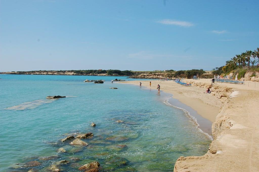 Bild av Coralia Beach Stranden med en längd på 370 meter. cyprus cypr