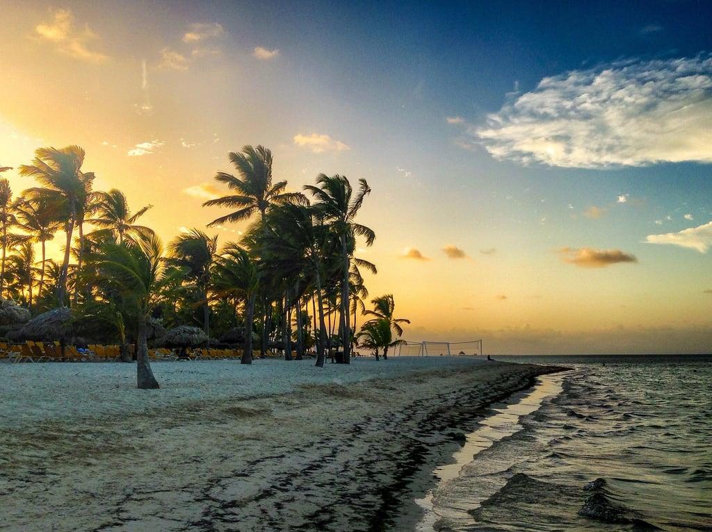 Image de Palm Beach Plage d'une longueur de 470 mètres. originalfilter uploaded:by=flickrmobile flickriosapp:filter=original